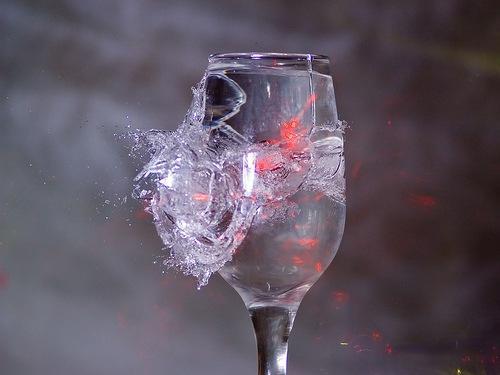bicchiere_rotto